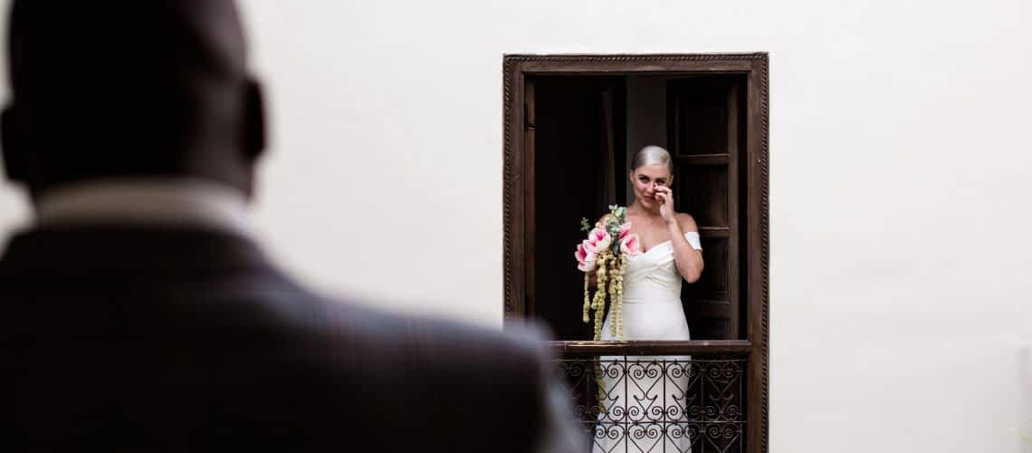 Elopement photography in Marrakech riad
